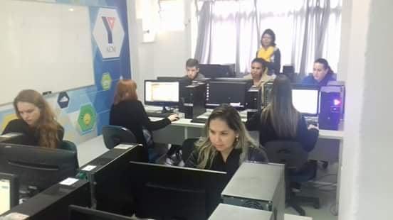 38482602_1950622058573242_8283804123598422016_n